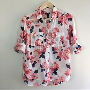 GAP Boyfriend Fit Navy and Pink Floral Button Down